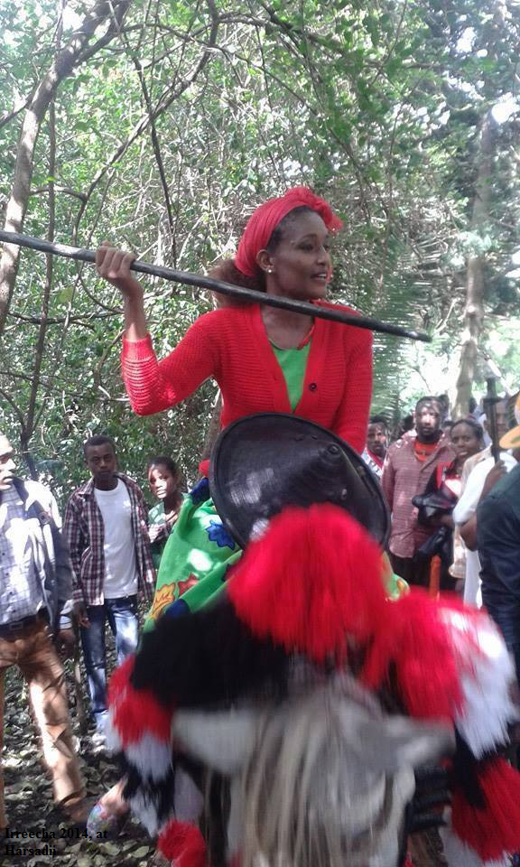 Celebration of Irreecha Oromoo 2014 (6408 according to Oromo Calendar). 5th October 2014, Horaa Harsadii, Bishoftu, Oromia. Suura1