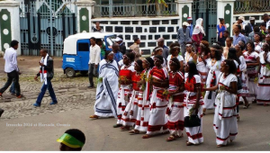 Celebration of Irreecha Oromoo 2014 (6408 according to Oromo Calendar). 5th October 2014, Horaa Harsadii, Bishoftu, Oromia. Suura11