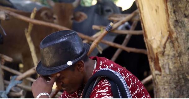 Hacaaluu Hundessa, Oromo culture music video maalan jira picture13