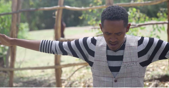 Hacaaluu Hundessa, Oromo culture music video maalan jira picture30