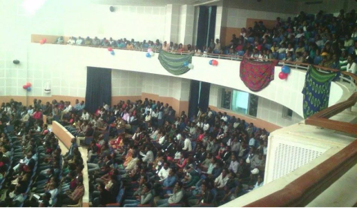 Oromo film (drama) Priemere, Dambalii opened at Waltajjii Oromoo (Oromo National Centre), Finfinnee)3