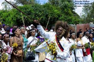 Irreecha Malkaa Oromoo kan Bara 2015 Hora Harsadi, Bishoftuu, Oromia, Africa. Onkoloolessa 4, 2015 (6409 ALO)1