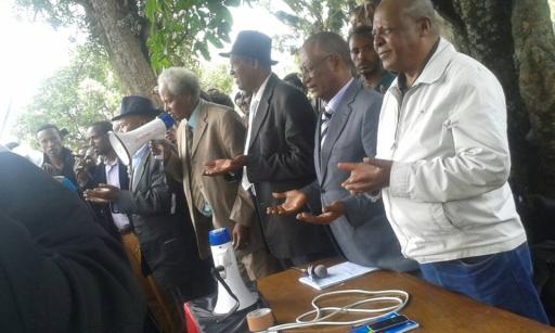 Oromo Federalist congress public meetingin Finfinnee against landgrab in Oromia, 18th October 2015. picture2