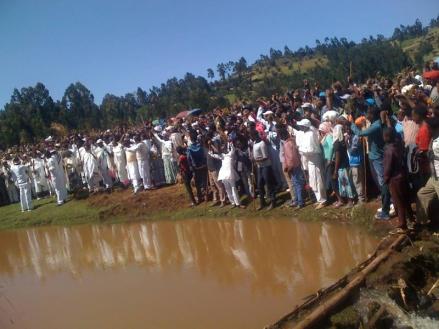Irreecha Birraa Oromo @ Midaaqanyi ( Galma Calalaqii), Central Oromia1, 15 November 2015