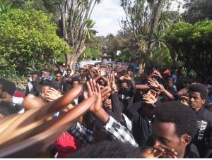 OromoProtests @Finfinnee University  Dec. 7, 2015