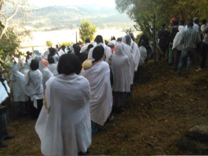 Oromo youth and families in Ginchi paused to remember Aschalew Worku. 24 January 2016. picture3