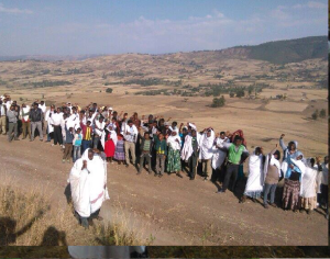 Oromo youth and families in Ginchi paused to remember Aschalew Worku. 24 January 2016. picture4