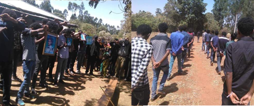 #OromoProtests visit to family of Tolasa Dhufera, the 4th year electrical engineering student who was killed at Haromaya University in December. March 21, 2016