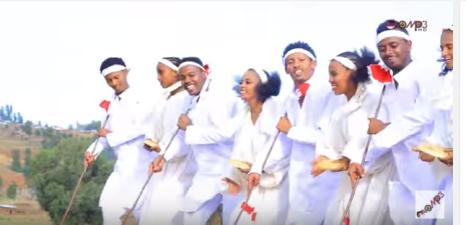 Nice Oromo pictures from Shukri Jamal's music, Bullo Boshee. p9
