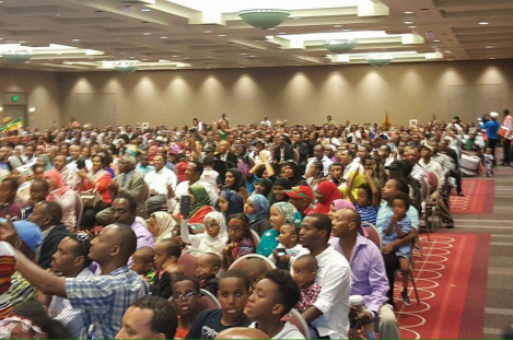 oromo-olympian-fayyisaa-leellisaa-feyisa-llilesa-draws-big-crowd-at-his-minneapolis-appearance-18-september-2016-p2