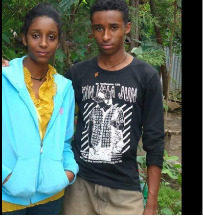 irreecha-malkaa-birraa-2016-at-horaa-harsadii-bishoftuu-oromia-sifan-leggesee-l-was-killed-by-fascit-tplf-at-the-event-the-same-force-killed-her-brother-r-2-months-ago-in-ginicii
