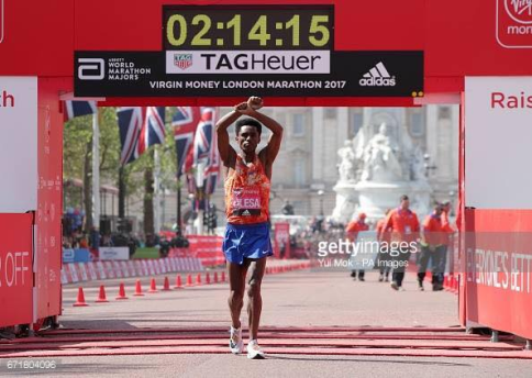 Marathon oromianeconomist click here to read more on london marathon 2017 results men and womens top finishers fandeluxe Gallery