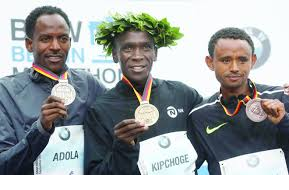 Kenyan Eliud Kipchoge 1st and Oromo athlete Guye Adola 2nd in Berlin Marathon, 24 September 2017