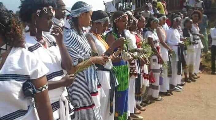 The eve of Irreecha Oromoo 2017 at Malkaa Deeddee, the eve (jala bultii) of Malkaa Booyyee, 21 October 2017
