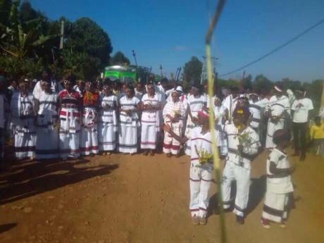 Irreecha Birraa  Malkaa Caffee Bookaa, Oromia, November 2017.png