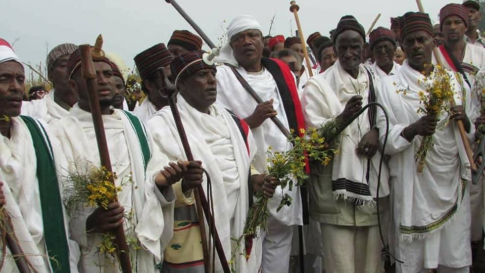 irreecha Malkaa Soorii, Iluu Abbaa Booraa, Oromia,  November 2017 with the Abbaa Gadaa Oromoo.png