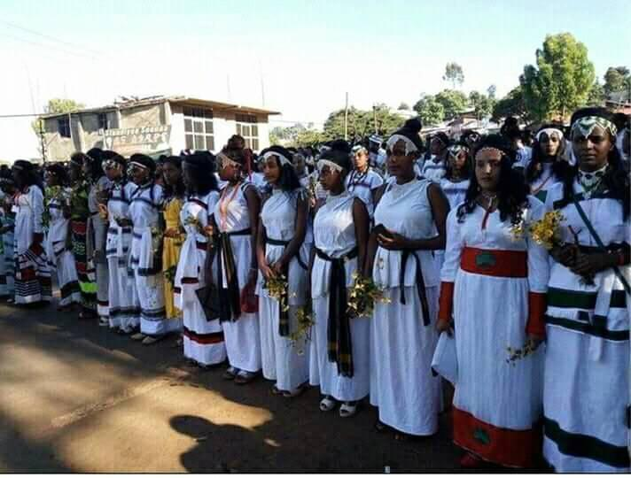 Culture, fashion at  Irreecha Birraa Oromo Celebration, September 30th, 2018 in Bishoftu, Oromia.png